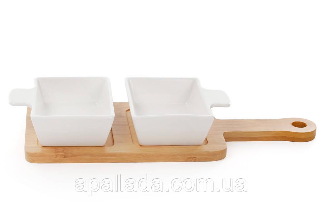 Сервировочный набор из двух пиал 100мл на бамбуковой доске 30 см