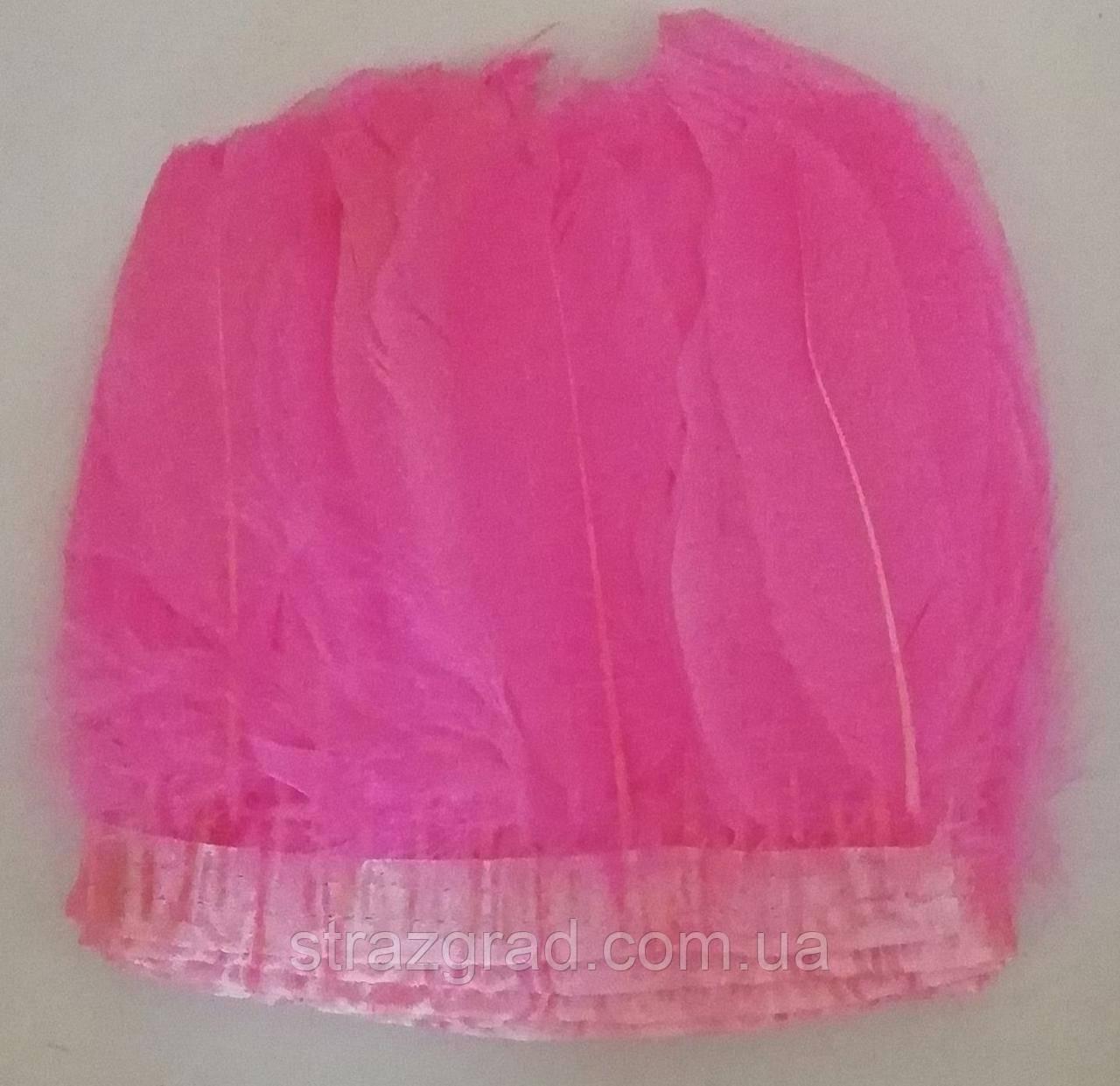 Перьевая тесьма из гусиных перьев Цвет Ярко Розовый Перо 16-20см Цена за 0,5м