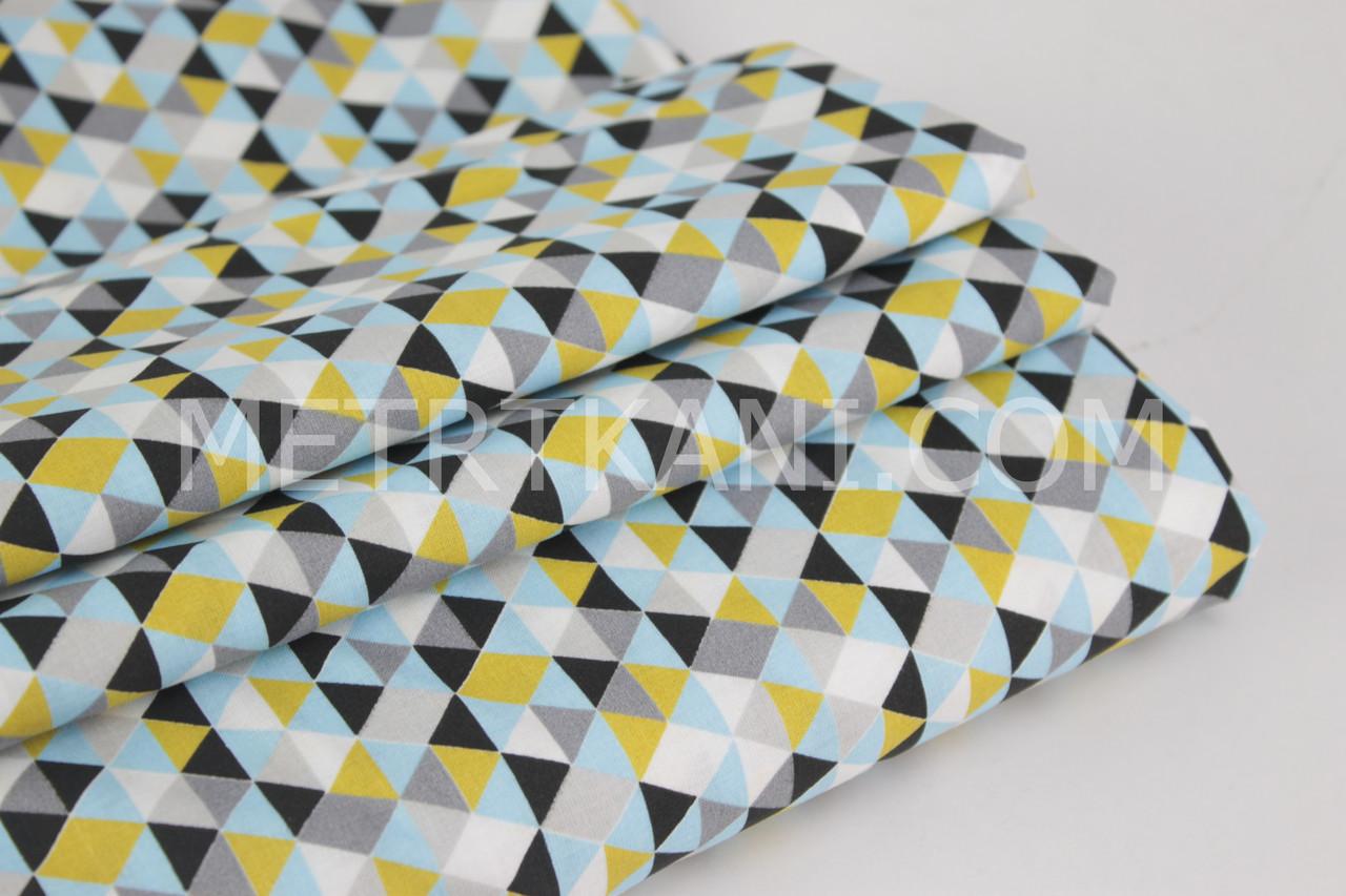 Бавовняна тканина преміум класу з трикутниками сіро-гірчичного кольору №11-452