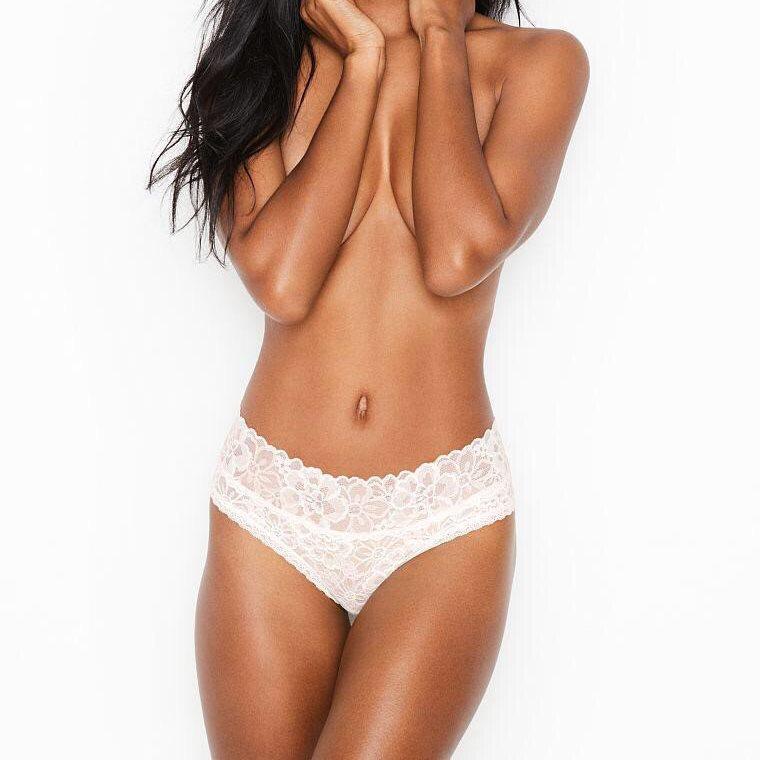 💋 Кружевные Трусики Victoria's Secret Floral Lace Hiphugger Panty S, Айвори