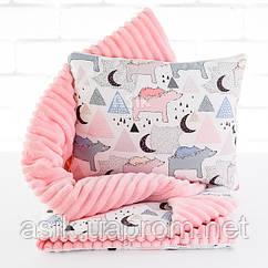 Плед и подушка с северными мишками и треугольниками розового цвета