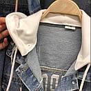 Женская джинсовая куртка с капюшоном и рисунком на спине 68kur124, фото 5