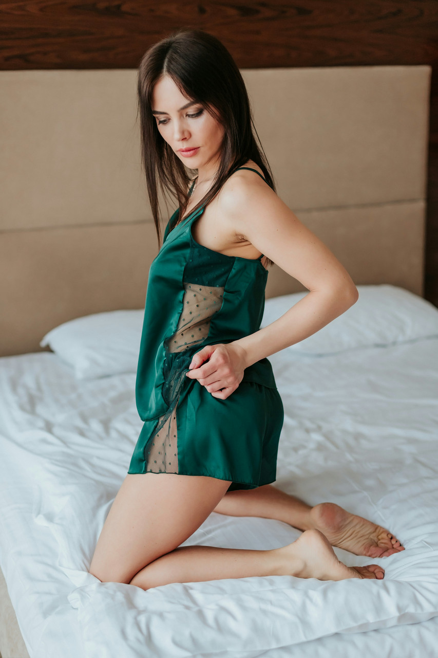 Cексуальная женская шелковая пижама майка шорты