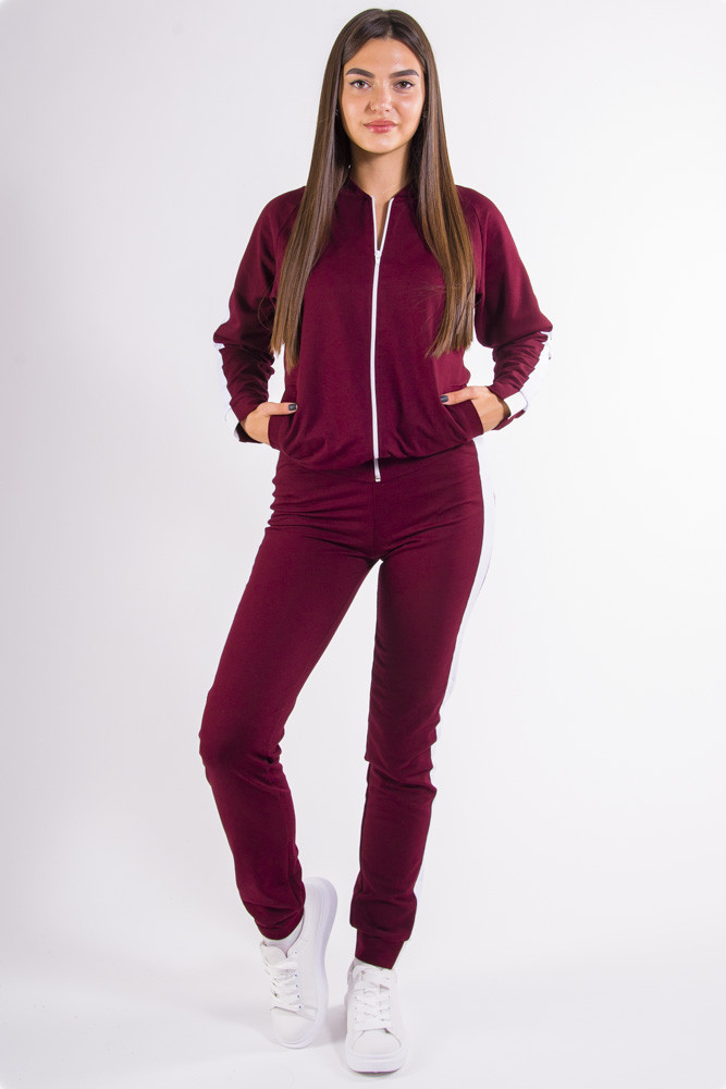 Бордовый женский спортивный костюм