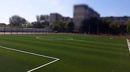 Укладка синтетической травы на школьном стадионе, г. Одесса 14