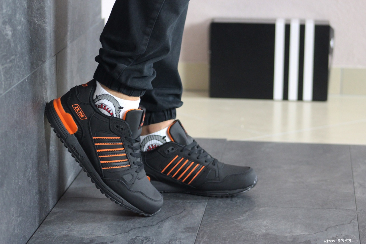 Мужские кроссовки Adidas ZX 750 (черно-оранжевые)