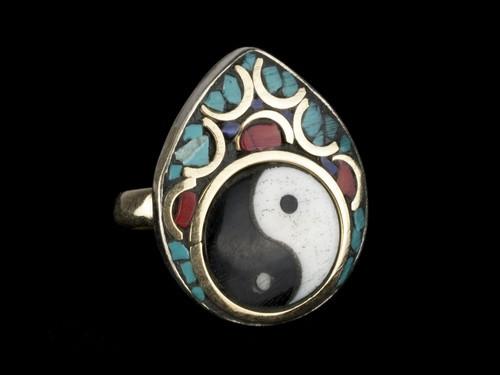 Кольцо металлическое женское