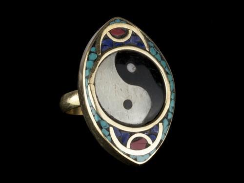 Кольцо на палец для женщины