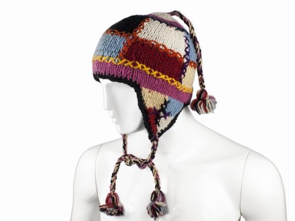 Вязаная шапка 2019 года модные тенденции из натуральной шерсти