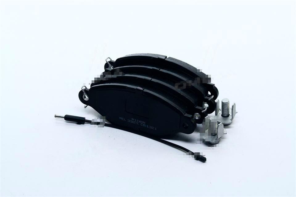 Колодки тормозные дисковые RENAULT KANGOO 97- передние (Rider). RD.3323.DB1321