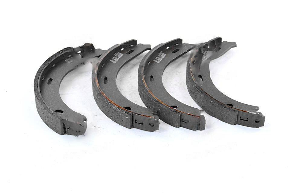 Колодки тормозные барабанные MERCEDES VITO 97-03 задние (Rider). RD.2638.GS8688