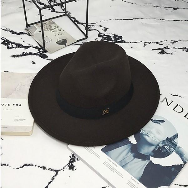 Женская фетровая шляпа Федора с устойчивыми полями и лентой коричневая