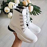 Женские зимние кожаные ботинки спортивного стиля (белый), фото 2