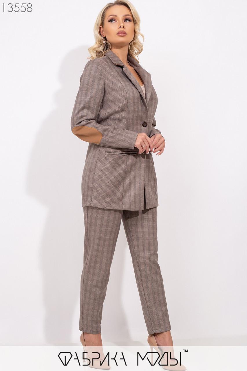 Клетчатый костюм: полу-приталенный пиджак с лацканами на пуговицах, зауженные брюки высокой посадки с карманами 13558