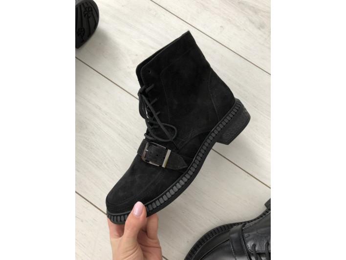 Женские зимние черные замшевые ботинки