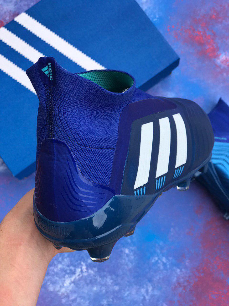 1931190001_w640_h640_butsy_adidas_predator.jpg