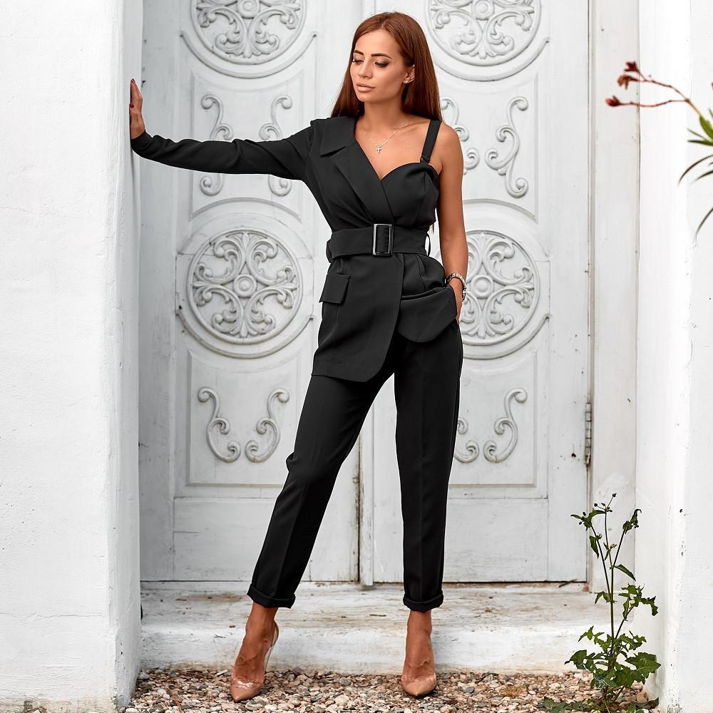 Женский стильный костюм с асимметричным пиджаком черный