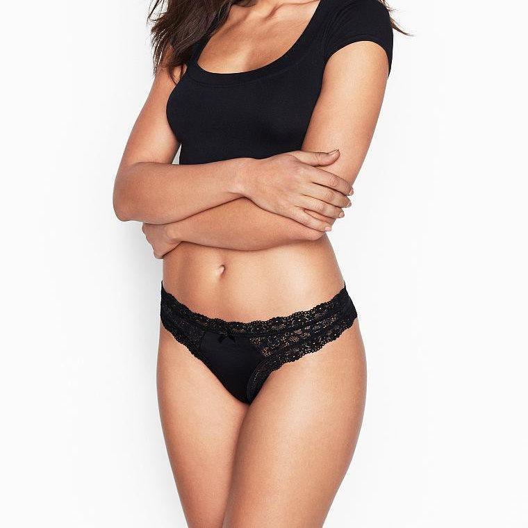 💋 Трусики Стринги Victoria's Secret Lace Thong Panty (р. М, L), Черные