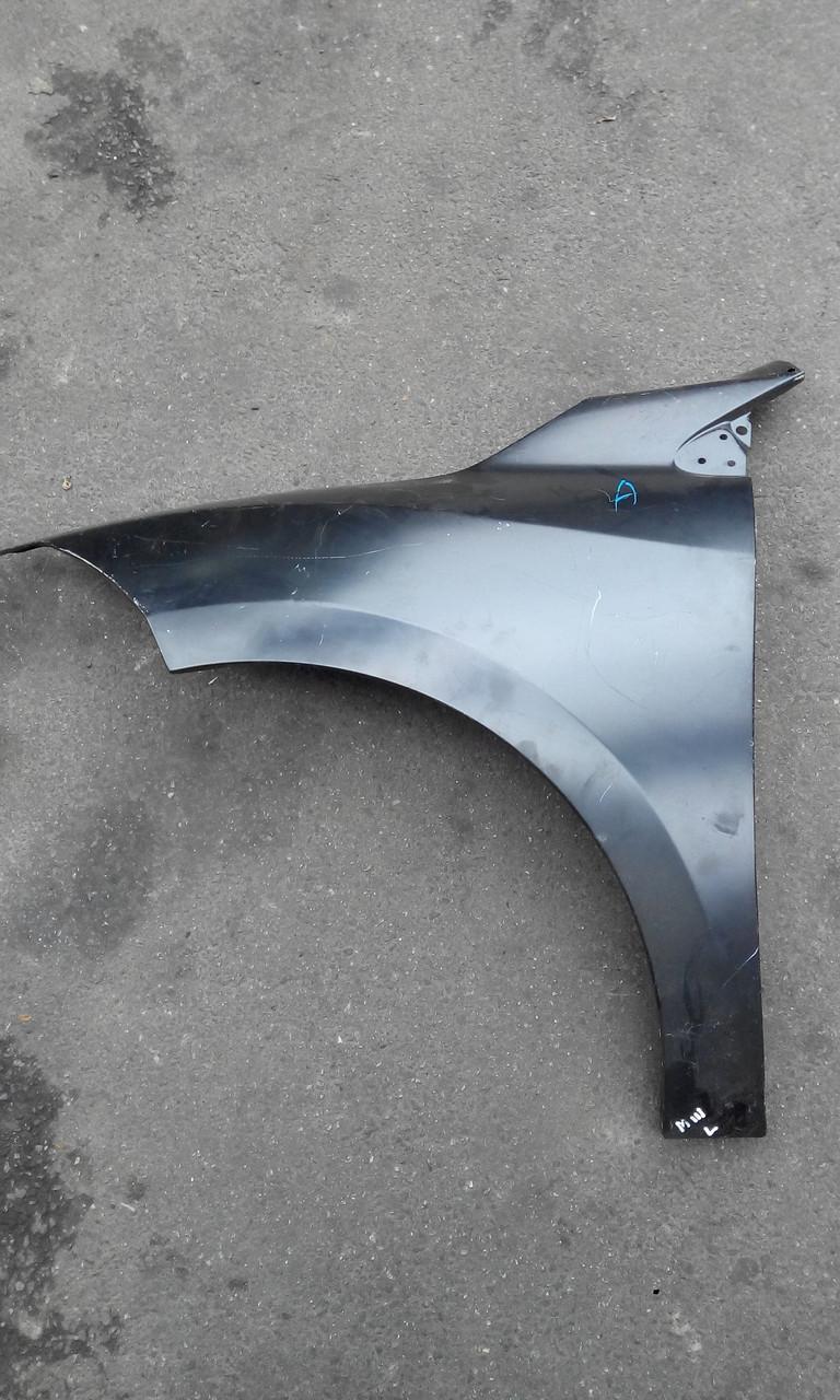 Крыло переднее левое Рено Меган 3