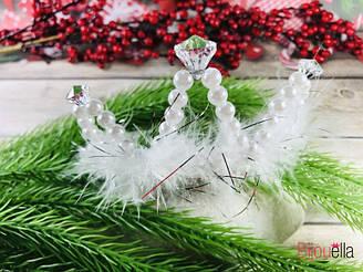 Диадема для образа принцессы с жемчугом и пухом для карнавальной вечеринки утренника детского