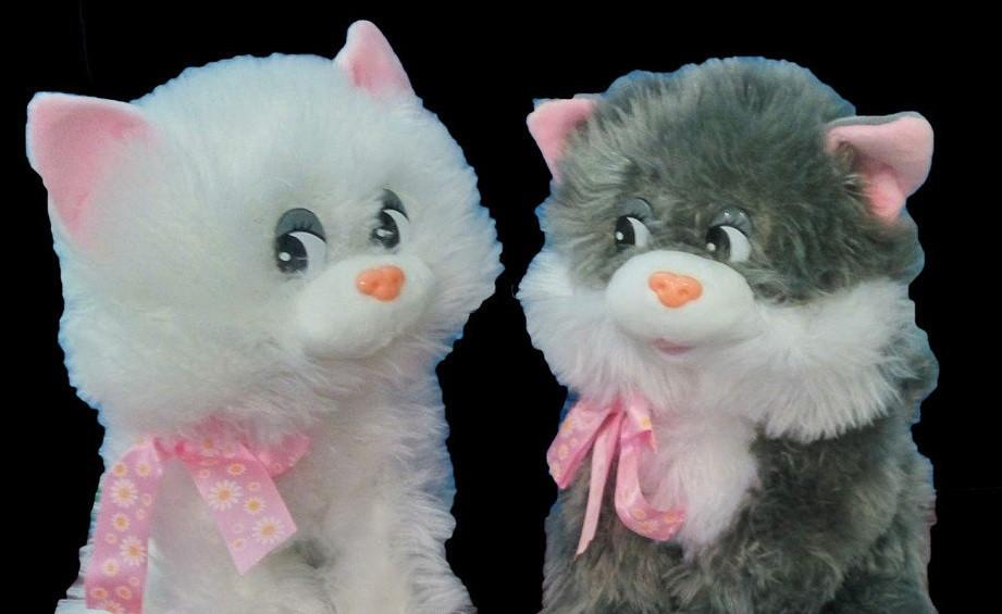 Мягкая игрушка Кот 34 см плюшевый котик с розовыми ушками и ленточкой