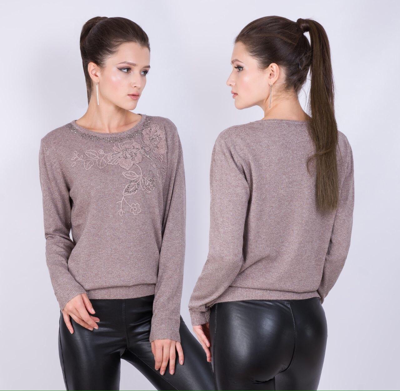 Ошатний светр з трикотажними трояндами 46-48 (в кольорах)