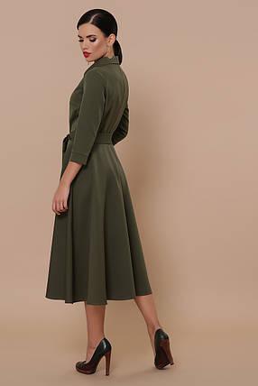 Демисезонное платье на каждый день до колен с поясом цвет хаки, фото 2