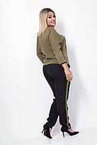 Женский костюм с брюками и рукавом реглан, оливка. Размеры: 48, 50, 52, 54, фото 2