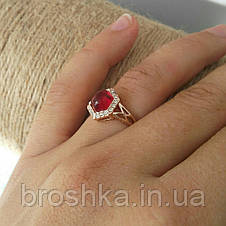 Позолоченное кольцо с розовым камнем Swarovski, фото 2