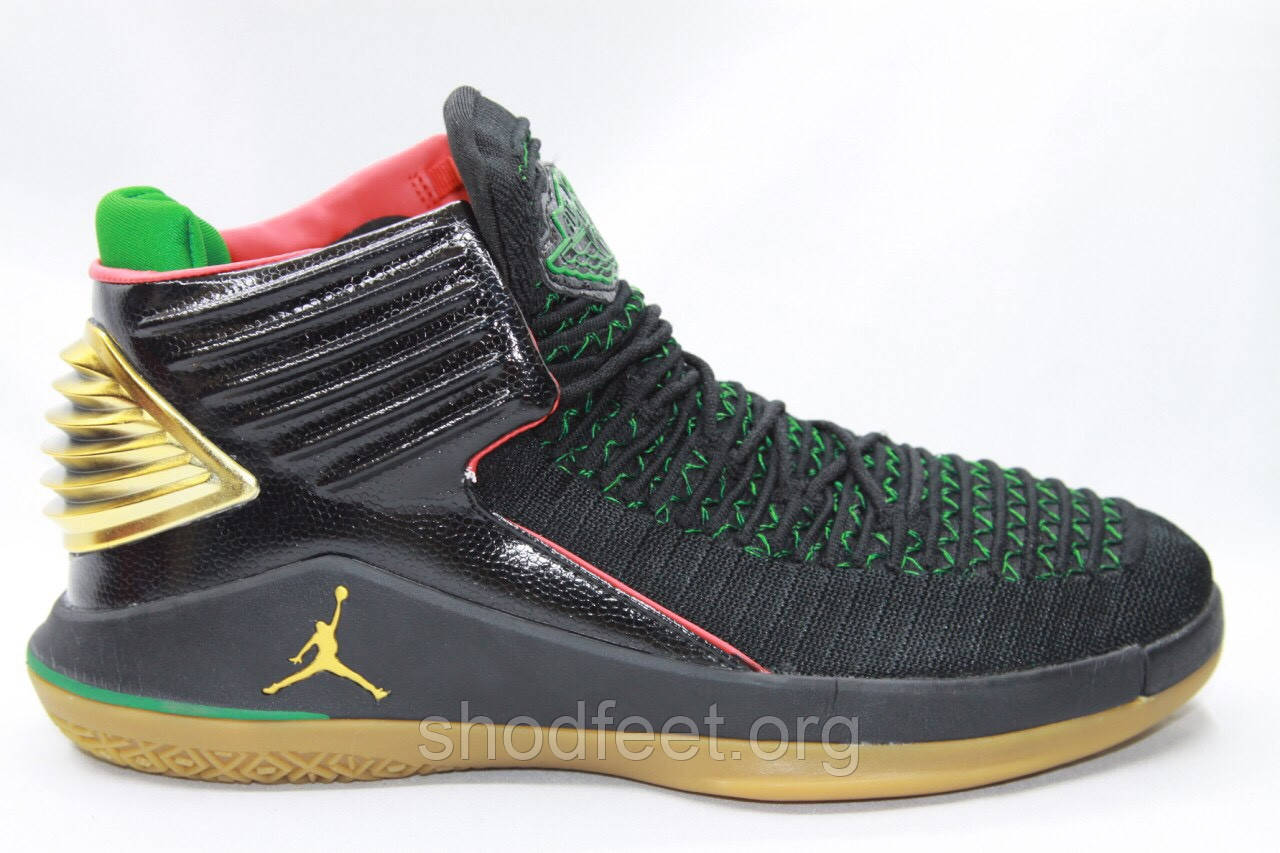 Баскетбольные кроссовки Air Jordan 32 Black Gold