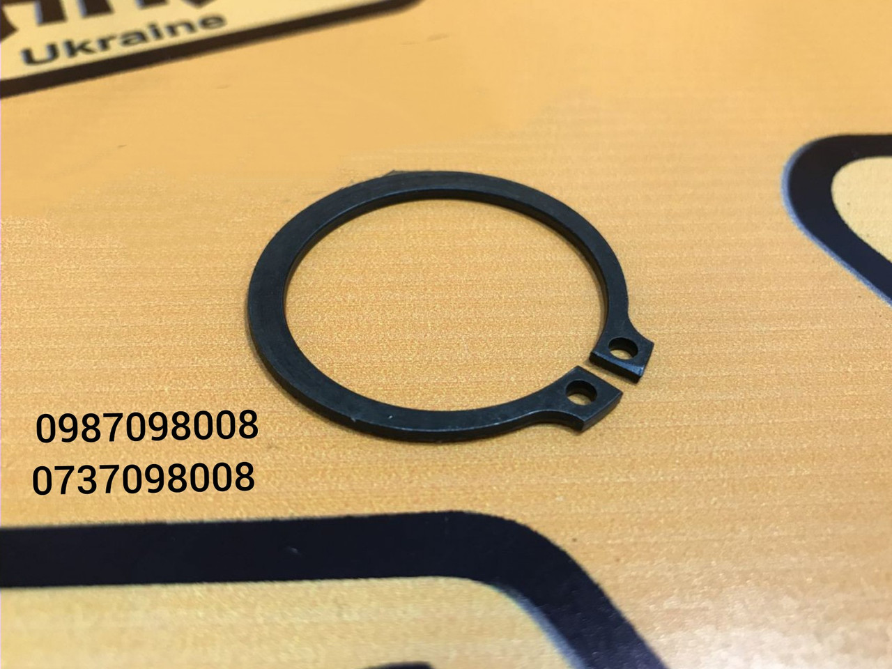 Стопорное кольцо бортовой на JCB 3CX 4CX