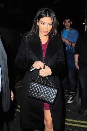Модная сумка Ким Кардашьян Chanel Flap