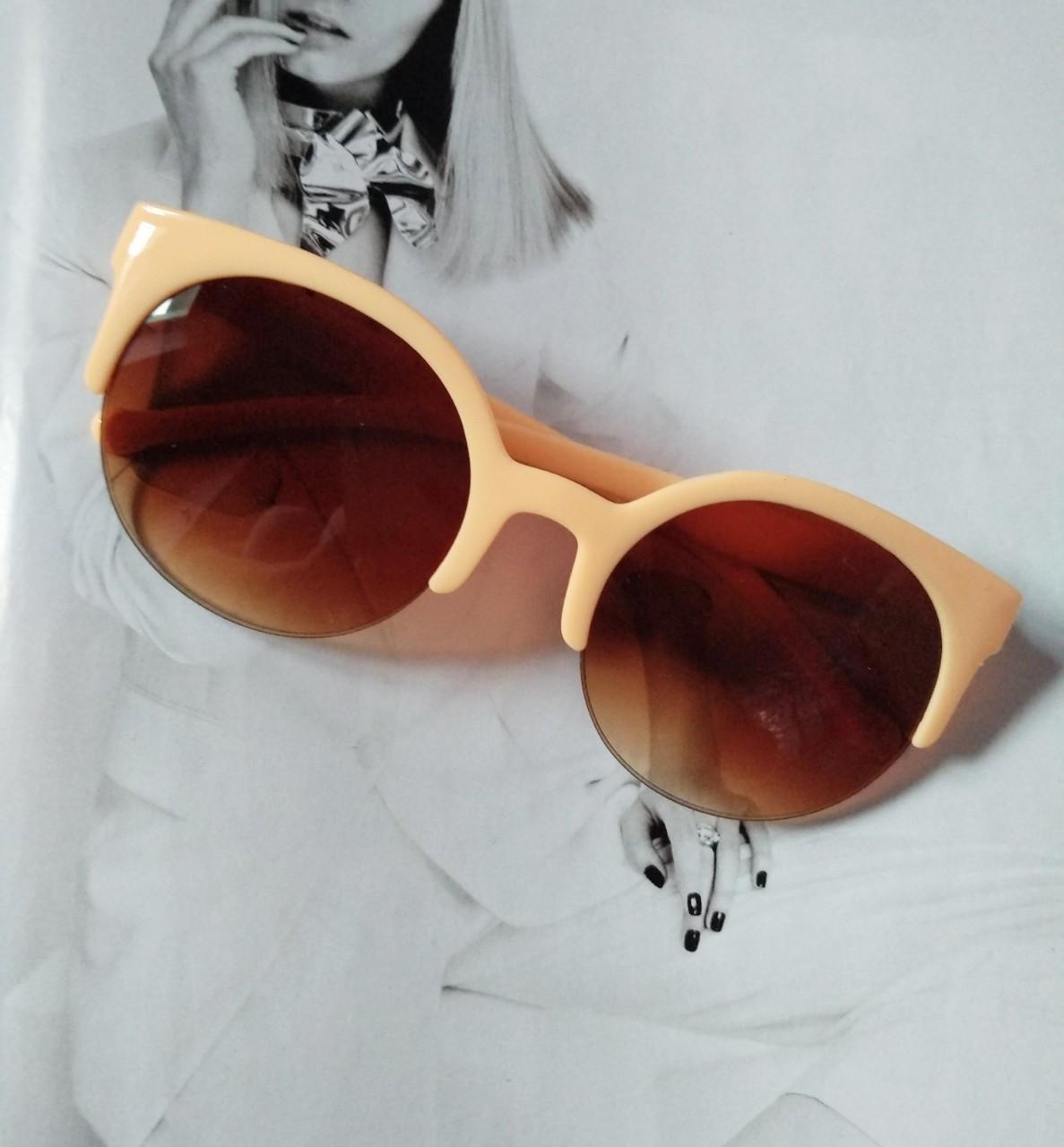 Солнцезащитные женские  очки кошка круглые