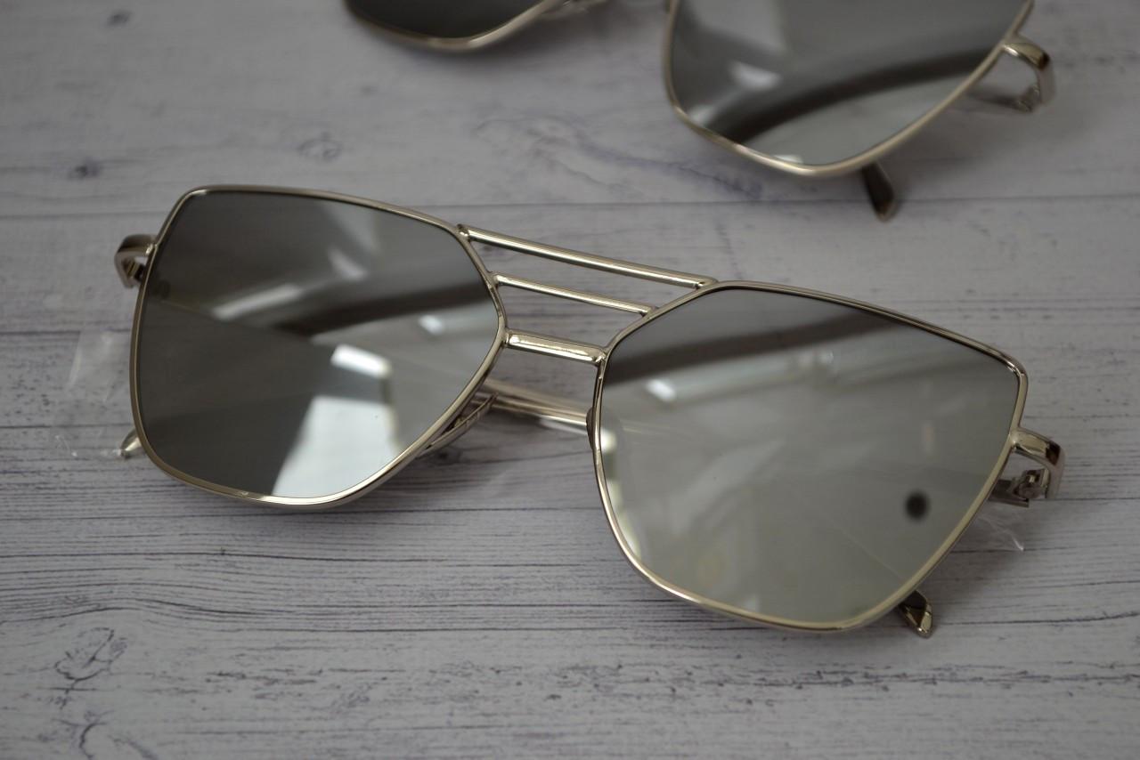 Солнцезащитные очки  с высокой переносицей копия Диор