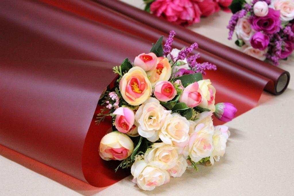 Калька для упаковки цветов в рулоне Бордовая непрозрачная 0,7×10 м