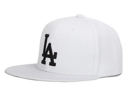 Кепка снепбек в стиле LA (Лос-Анджелес) с прямым козырьком Белая, Унисекс