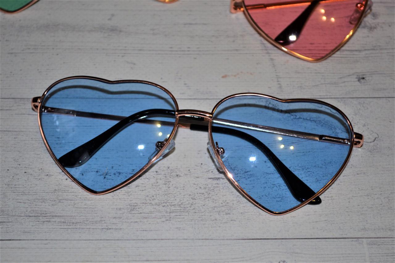 Очки солнцезащитные в форме сердца однотонные Голубой