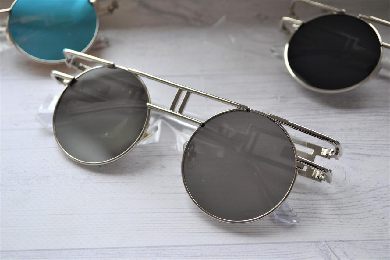 Солнцезащитные очки круглые тишейды с широкими дужками Белый хром