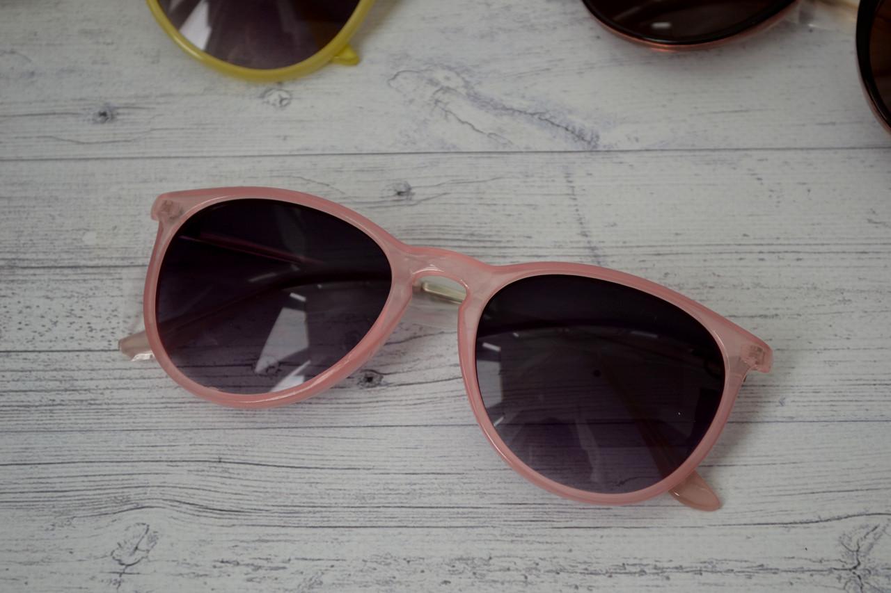 Солнцезащитные очки  с металлическими дужками Розовый