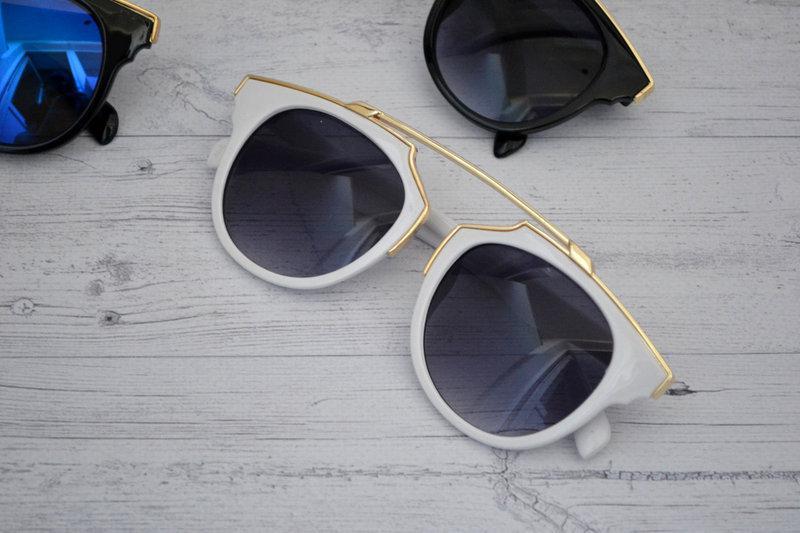 Солнцезащитные очки женские фигурные Белый