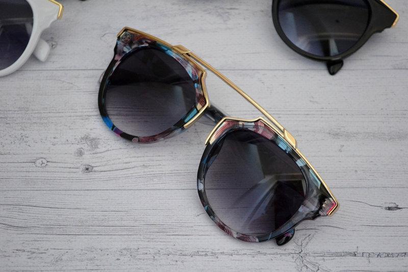 Солнцезащитные очки женские фигурные Цветочный принт