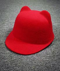 Женская  фетровая шапка с козырьком и ушками Жокейка Красный