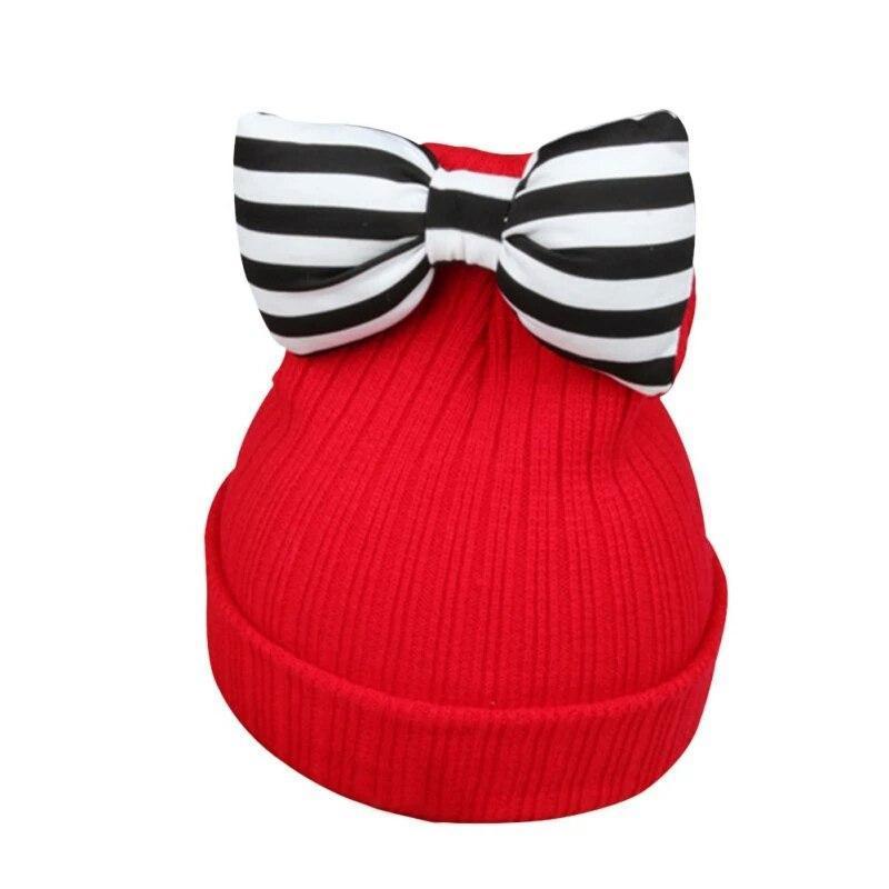Детская тёплая шапка для девочки с бантом красный