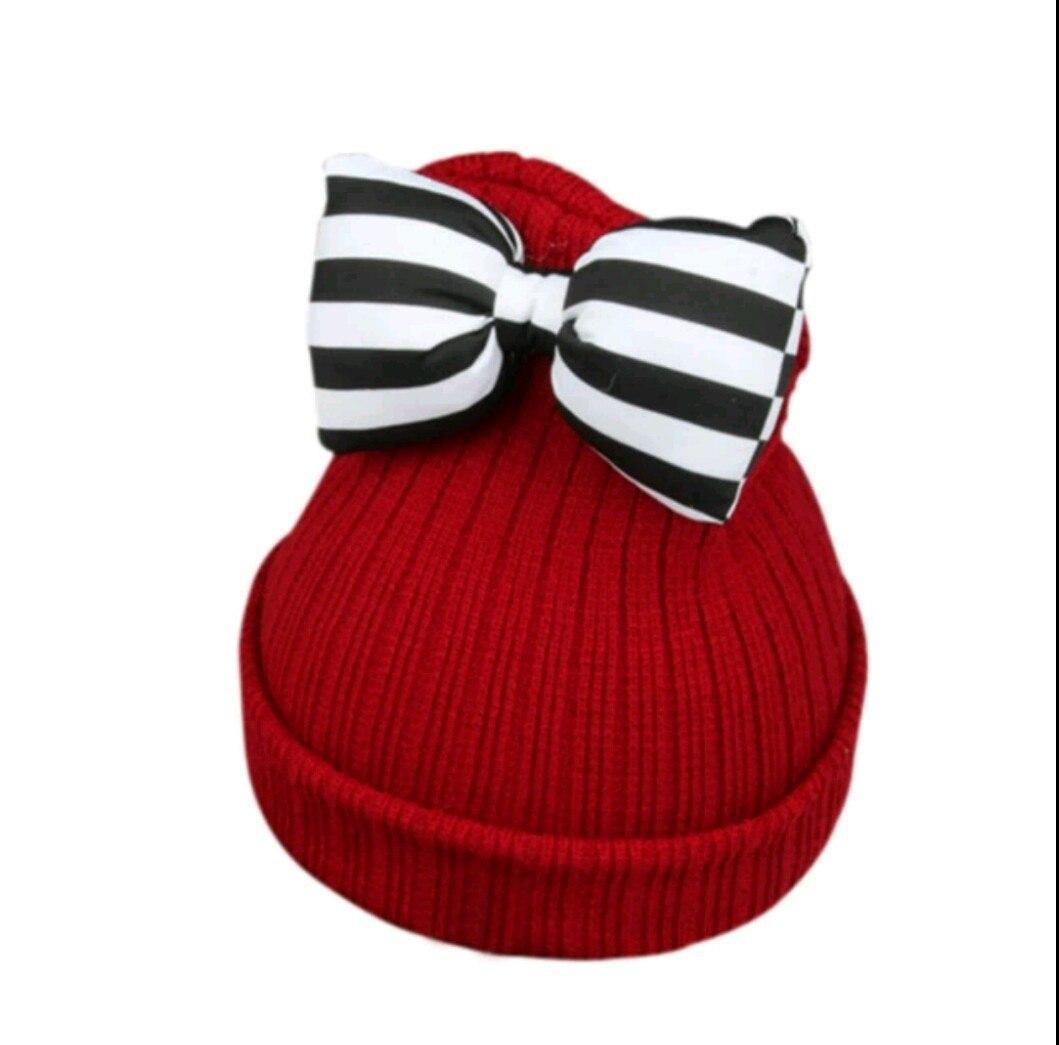 Детская тёплая шапка для девочки с бантом бордовый