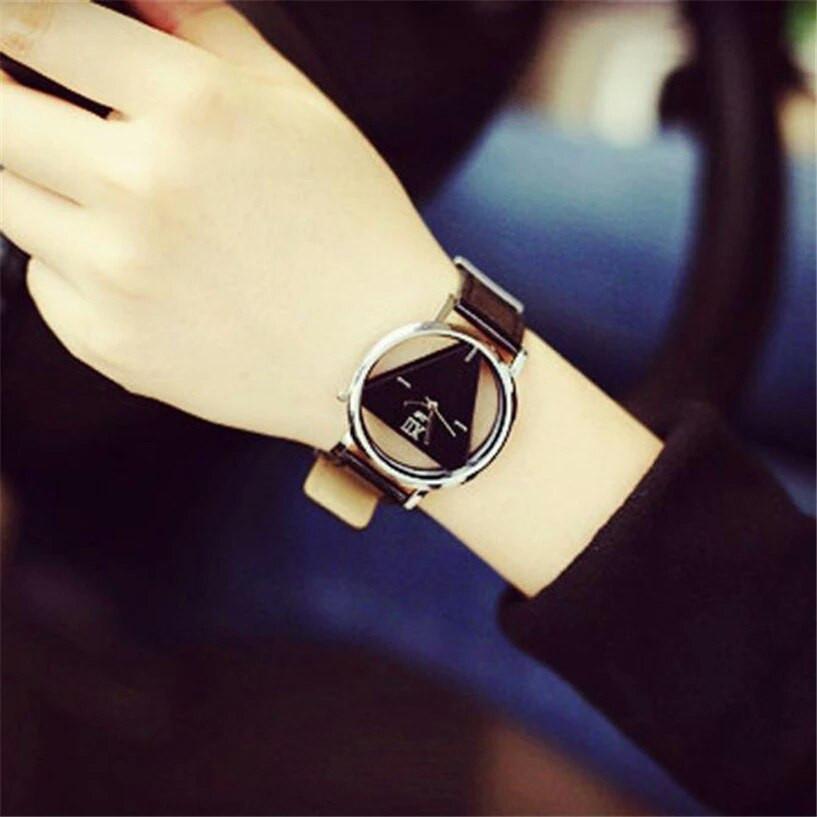 Женские наручные часы треугольные 1, Черный
