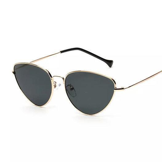 Солнцезащитные очки с цветной линзой треугольной формы уценка