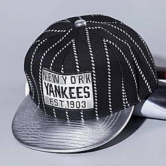Детская кепка снепбек Yankees с прямым козырьком Серебряная, Унисекс