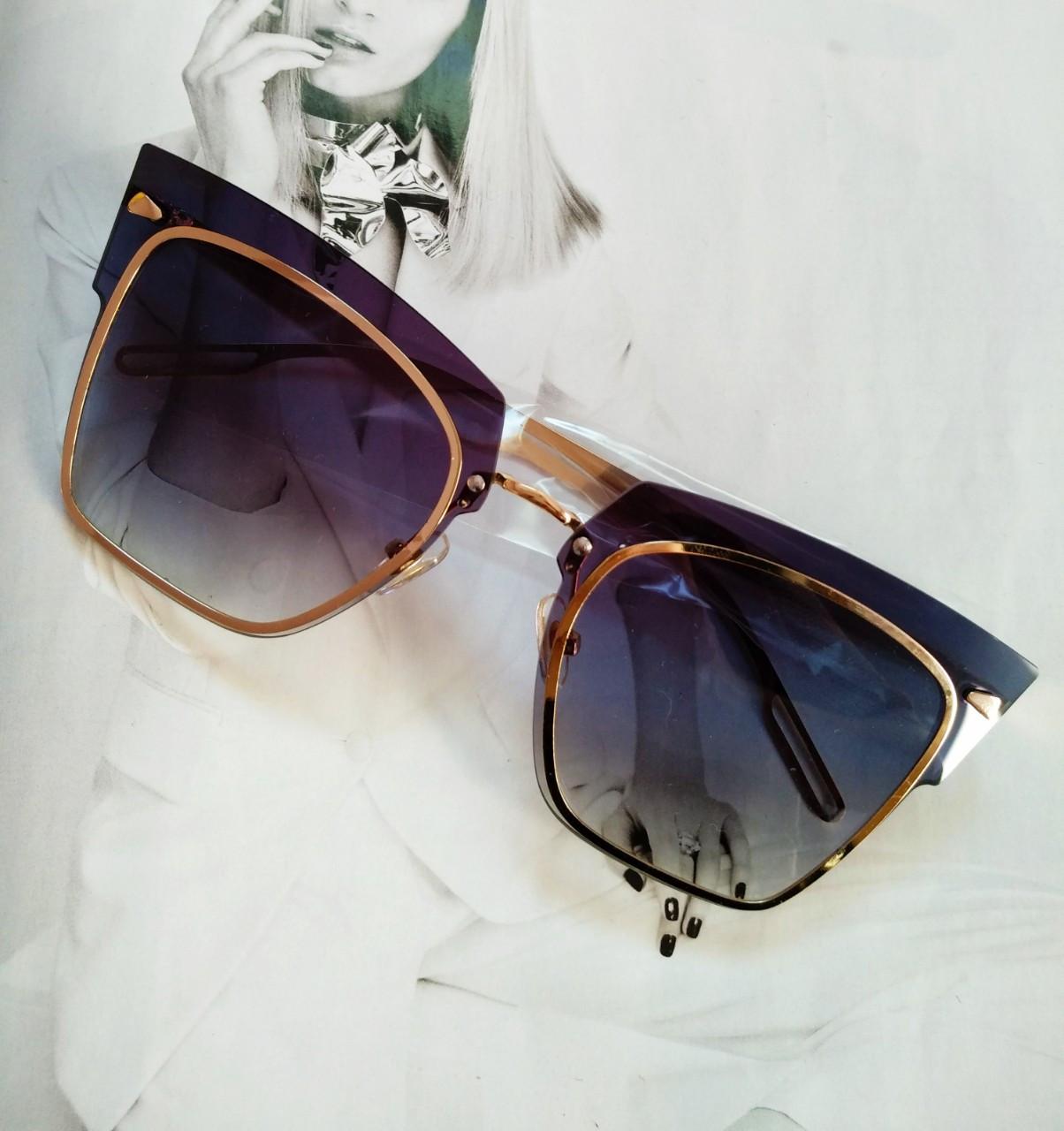 Солнцезащитные очки кошачий глаз с градиентом   Серый