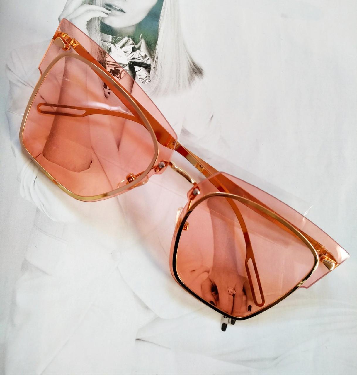 Солнцезащитные очки кошачий глаз с градиентом  Розовый