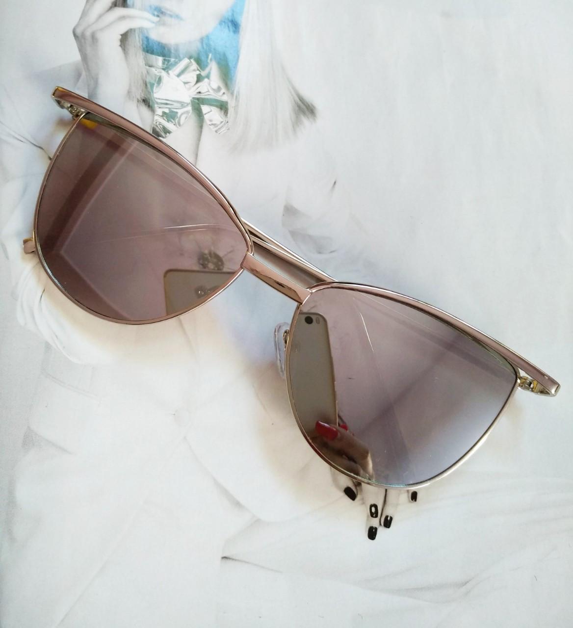 Солнцезащитные женские очки кошачий глаз Белый хром
